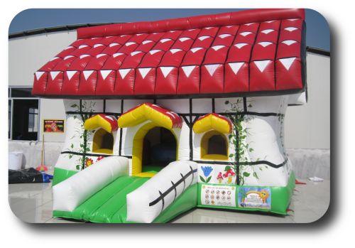 chatka zamek dmuchany