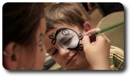 artystyczne malowanie twarzy